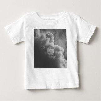 Camiseta Para Bebê Nuvens tormentosos