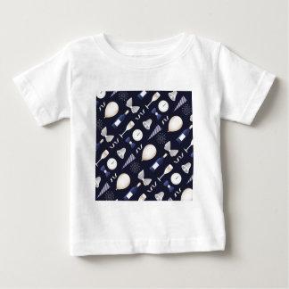 Camiseta Para Bebê o ano novo roxo do dia