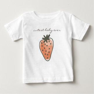 Camiseta Para Bebê O bebê o mais bonito das MORANGOS VERMELHAS do