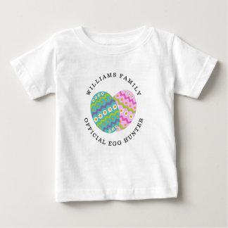 Camiseta Para Bebê O caçador oficial do ovo da páscoa adiciona o nome