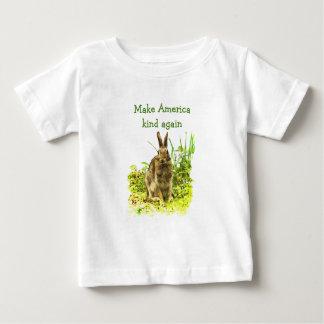 Camiseta Para Bebê O coelho de coelho de Brown faz o tipo americano