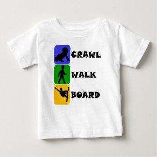 Camiseta Para Bebê O conselho da caminhada do rastejamento