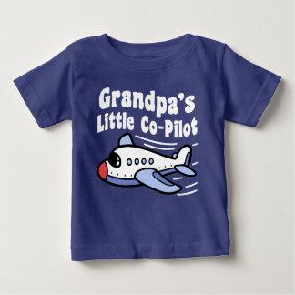 Camiseta Para Bebê O copiloto pequeno do vovô