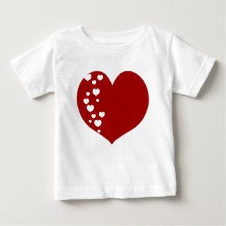 Camiseta Para Bebê O coração segue claro vermelho
