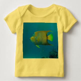 Camiseta Para Bebê O costume da natação dos peixes personaliza