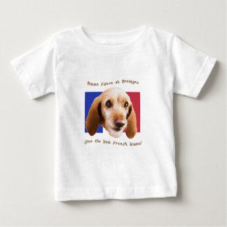 Camiseta Para Bebê O deBretagne de Fauve do Basset dá melhor beijos