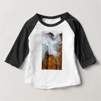 Camiseta Para Bebê O desfiladeiro de Soteska Vintgar no outono