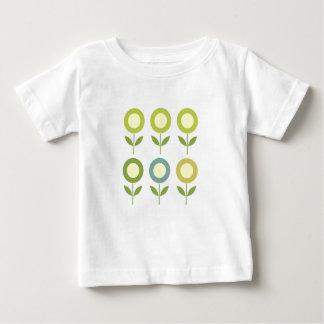 Camiseta Para Bebê O design floresce o verde no branco
