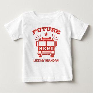 Camiseta Para Bebê O herói futuro gosta de meu vovô