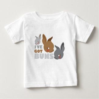 Camiseta Para Bebê o ive obteve bolos (os coelhos de coelho bonitos)