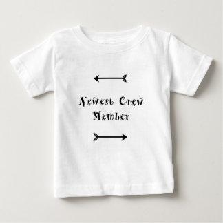 Camiseta Para Bebê O membro de grupo o mais novo - assistência social