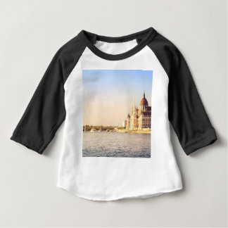 Camiseta Para Bebê O parlamento de Budapest