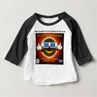 Camiseta Para Bebê O primeiro eclipse do bebê