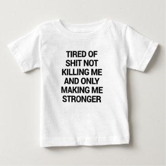 Camiseta Para Bebê o que não mata você fá-lo mais forte