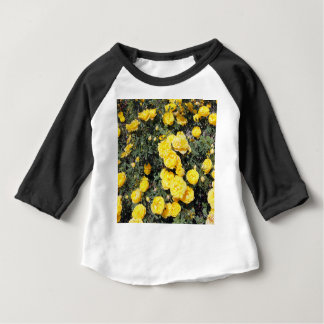 Camiseta Para Bebê O rosa amarelo ensolarado floresce o ônibus