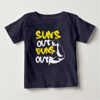 Camiseta Para Bebê O SOL para fora ATIRA para fora no T do TANQUE