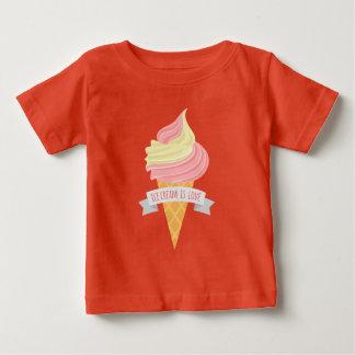 Camiseta Para Bebê O sorvete é t-shirt unisex do bebê do amor