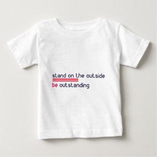 Camiseta Para Bebê O suporte na parte externa seja proeminente