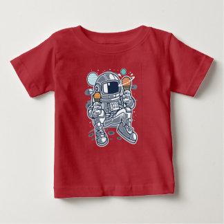 Camiseta Para Bebê O t-shirt do bebê do sorvete do astronauta