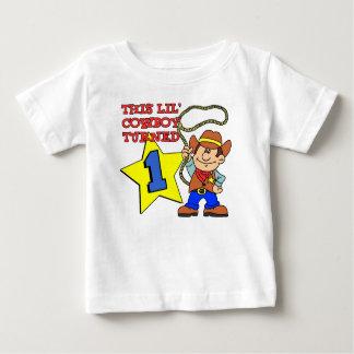 Camiseta Para Bebê O vaqueiro pequeno girou um