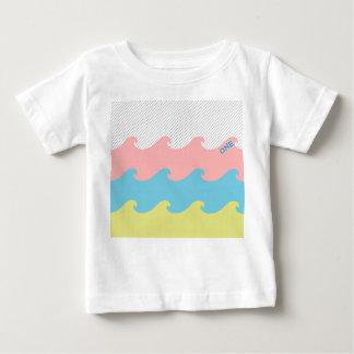 Camiseta Para Bebê Ondas um t-shirt