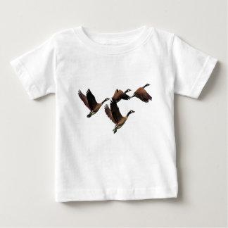 Camiseta Para Bebê Os gansos canadenses que voam em um rebanho caçoam