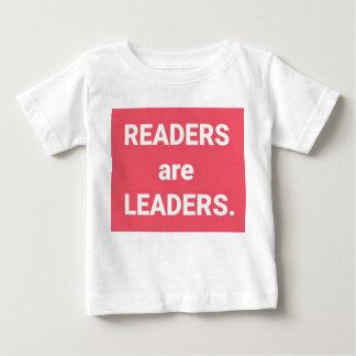 Camiseta Para Bebê Os leitores são líderes
