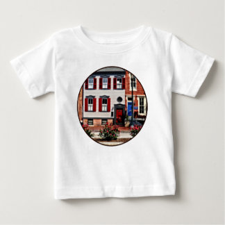 Camiseta Para Bebê PA de Harrisburg - Rosas na rua do estado