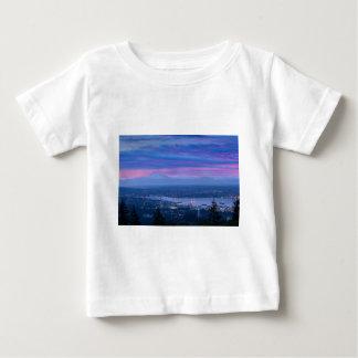 Camiseta Para Bebê Padeiro e Vancôver da montagem BC no alvorecer