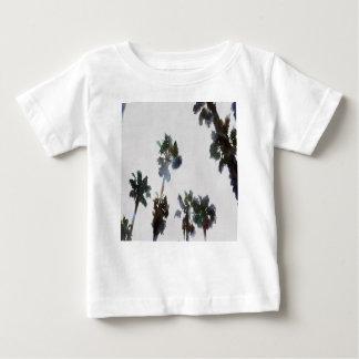 Camiseta Para Bebê Palmas tropicais