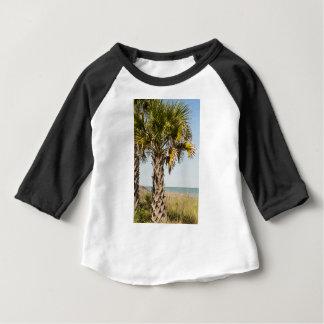 Camiseta Para Bebê Palmeiras no passeio à beira mar da costa leste de
