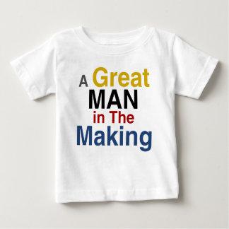 Camiseta Para Bebê para os meninos e os miúdos - um grande homem no