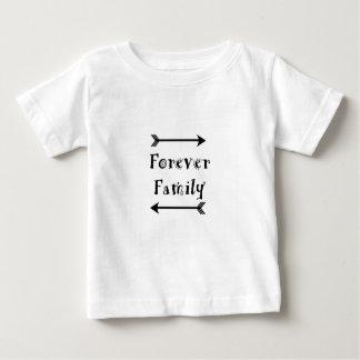 Camiseta Para Bebê Para sempre família - design de Adpotion