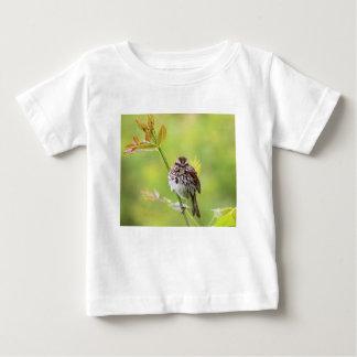 Camiseta Para Bebê Pardal do canto