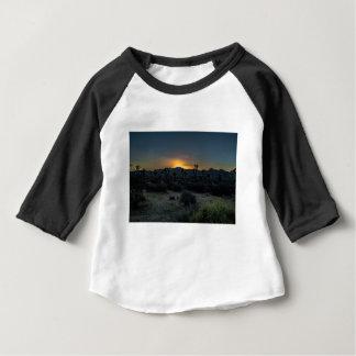 Camiseta Para Bebê Parque nacional de árvore de Joshua do nascer do