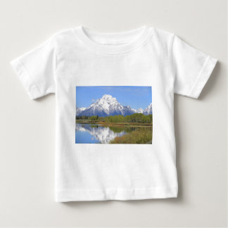 Camiseta Para Bebê Parque nacional grande do Mt. Moran Teton