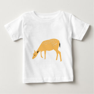 Camiseta Para Bebê Pastando cervos