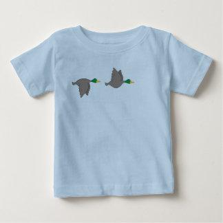 Camiseta Para Bebê Patos dos desenhos animados - bicho