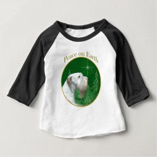 Camiseta Para Bebê Paz de Sealyham Terrier na terra