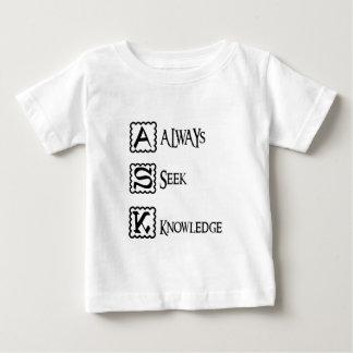 Camiseta Para Bebê Peça, procure sempre o conhecimento
