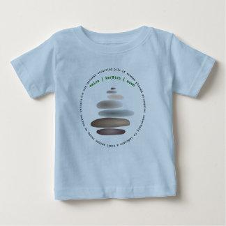 Camiseta Para Bebê Pedra empilhada monte de pedras