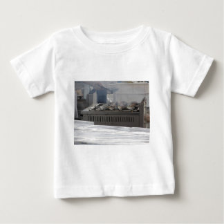Camiseta Para Bebê Peixes do churrasco fora