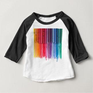 Camiseta Para Bebê pense na cor