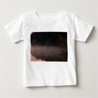 Camiseta Para Bebê Pesca nevoenta adiantada