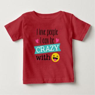 Camiseta Para Bebê Pessoas loucas de Emoji do amor