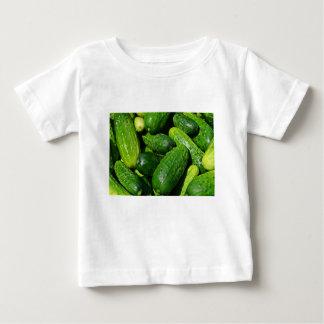 Camiseta Para Bebê pilha dos pepinos