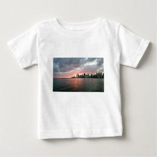 Camiseta Para Bebê Por do sol sobre Miami