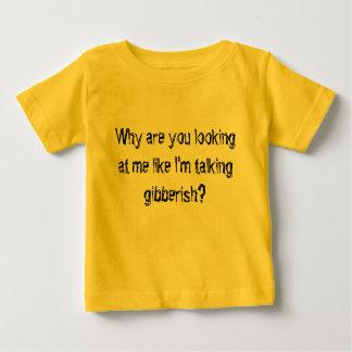 Camiseta Para Bebê Porque é você que olha me como eu estou falando o