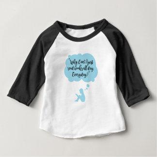 Camiseta Para Bebê Porque não possa eu apenas leio diário dos livros