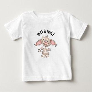 Camiseta Para Bebê Precise um abraço
